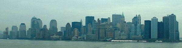 Panorama jižního Manhattanu... jen tu něco chybí...